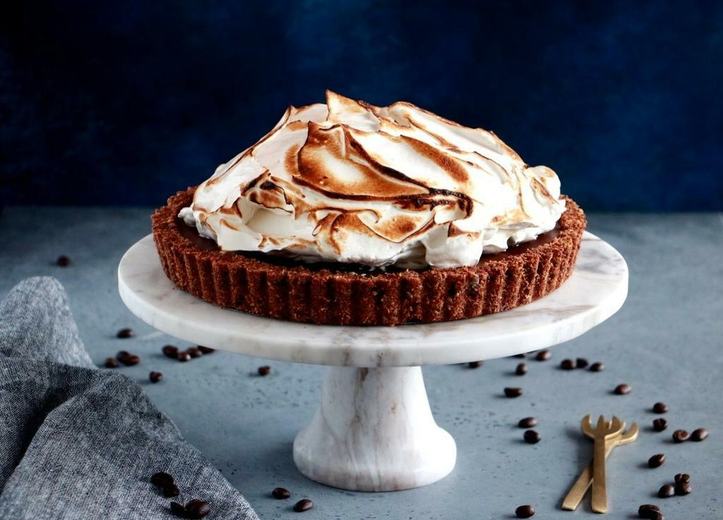 Chocolate-Coffee-Meringue-Pie-5